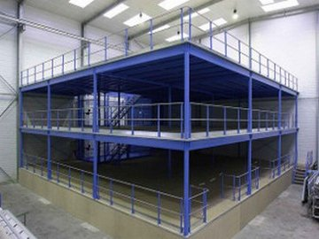 Plateforme industrielle deux niveaux